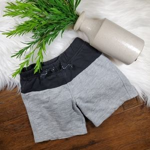 Okie Dokie Shorts | sz 18-24m | gray | black